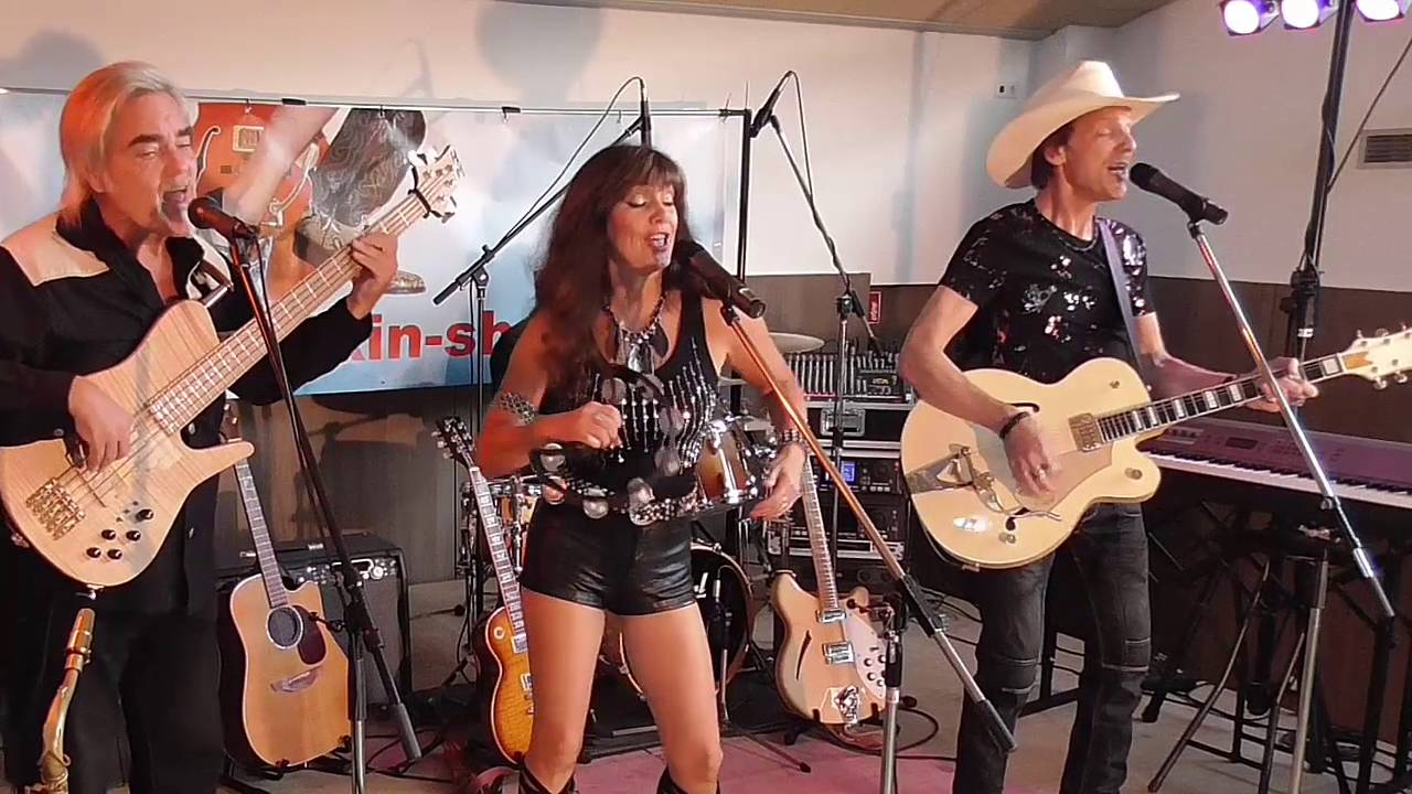 Bad Moon Rising Live Walkin Shoes The Boot Scootin