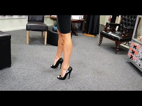 unboxing-try-out-6-inch-open-toe-single-sole-black-high-heel-shoes-with-amanda-blanks