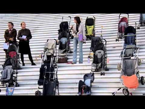 Actu, News Familles Plumées Happening 23 Nov 2014 Grande Arche Défense