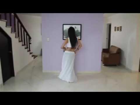 Aaja Nachle*Hint dansı*