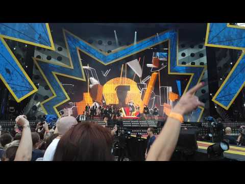 Robbie Williams - Party Like A Russian Live @ HDI Arena Hannover 11.07.17