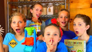 Family Unboxing Room! Learn English Words with Sign Post Kids! Starfish!