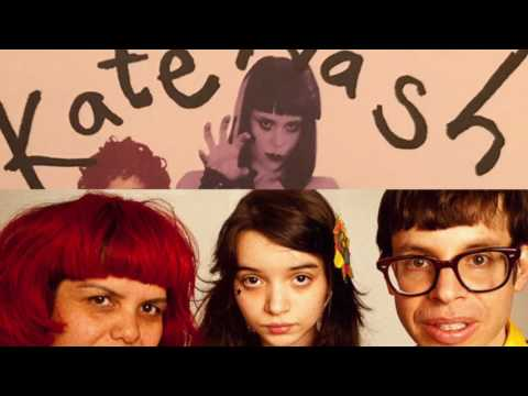 Kate Nash - Kiss That Grrrl (performed by the Trachtenburg Family Slideshow Players)