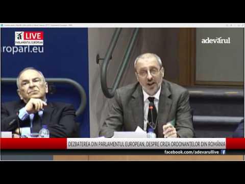 Momentul în care jurnalistul Liviu Avram este aplaudat în Parlamentul European