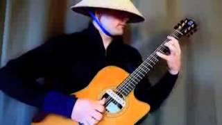 Chơi nhạc Dance bằng Guitar quá đỉnh - YouTube.flv
