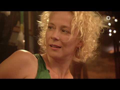 Inas Nacht  Bierdeckelfragen an Katja Riemann