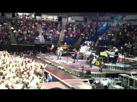 Bruce Springsteen - Lion's Den - State College, Pa. (11-1-12)