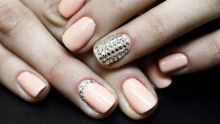 Стразы на гель-лаке: блестящий дизайн ногтей