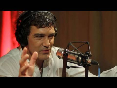 Antonio Banderas Talks About Puss In Boots Movie | Interview | On Air With Ryan Seacrest