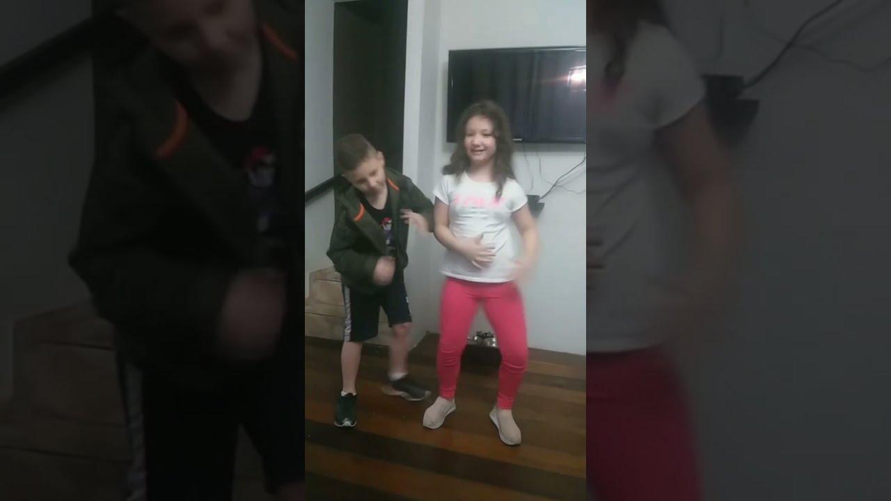 #Shorts  _ Se joga no passinho !! #dancinhachallenge