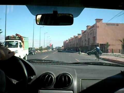 Arrivo a Marrakech: nella DACIA mo-bile