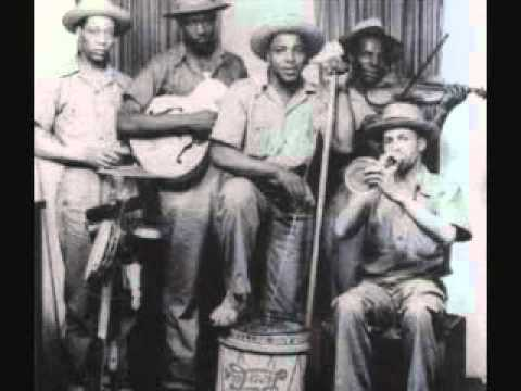 Memphis Jug Band - Stealin' stealin' (1928)