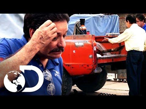 Cliente se enoja al ver camioneta dañada | Mexicánicos | Discovery Latinoamérica