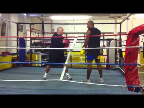 Terieta Ruata- boxer from Kiribati training at Crewe ABC.mp4