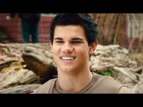 "THE TWILIGHT SAGA: NEW MOON - ""Meet Jacob Black"" Preview HD"