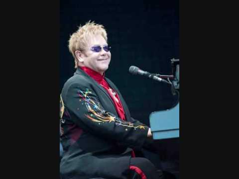 Elton John - Levon (Live BBC Radio 2 Concert 8/9/01)