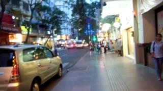 Repeat youtube video アキーラさん!ベトナム人の女の子を紹介される(買春斡旋)①ベトナム・ホーチミン・ドンコイ通り・日本語勧誘編,Saigon,Vietnam
