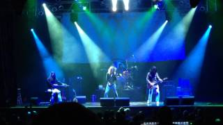 """Kashmir"" performed live by Led Zeppelin 2 tribute band"