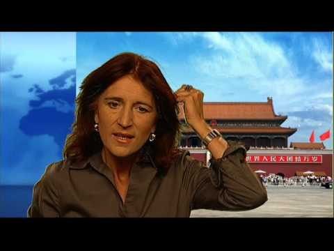 woman ARD reporter is waiting in Beijing