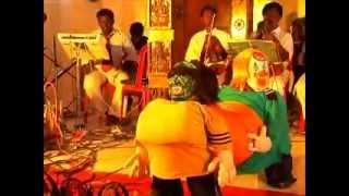 Vara vara poochandi puppet show by Arr Kay Melodies Orshectra