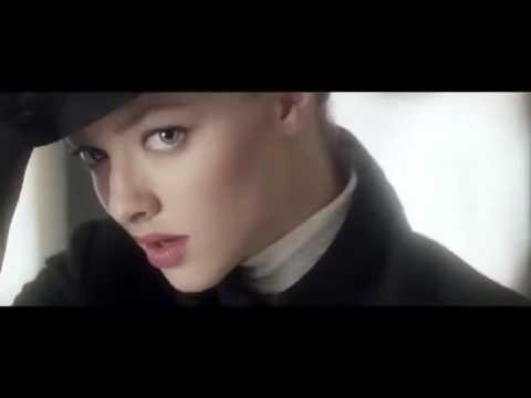 Very Irresistible Givenchy con Amanda Seyfried Publicidad 2013