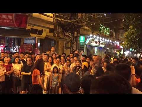 Live music Hanoi