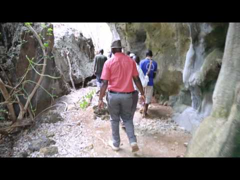 Tung'ande Caves #5