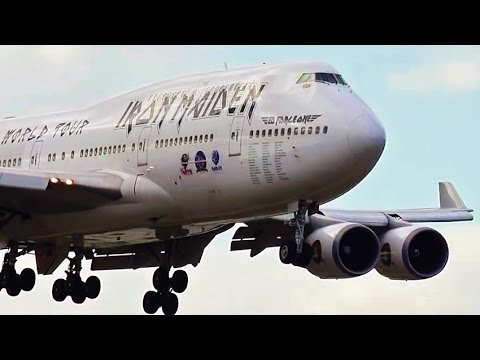 iron maiden 747 400 landing at fort lauderdale intl youtube. Black Bedroom Furniture Sets. Home Design Ideas