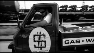 Samy Deluxe - Musik um durch den Tag zu komm - Offizielles Musikvideo thumbnail