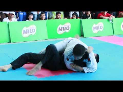 Headhunter 2015 - Sabah BJJ Competition - Darren low - Daisuke Kondo - Gi