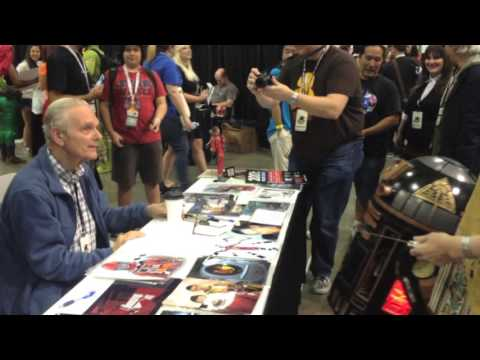 Keir Dullea Meets Hal 9000 Astro Droid