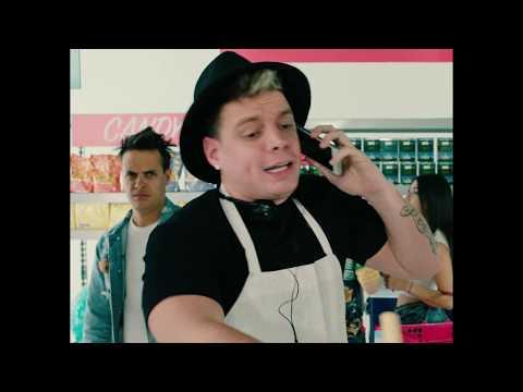 Смотреть клип J Alvarez & El Alfa - Me Da Lo Mismo