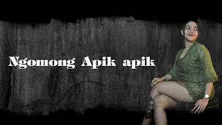 Download Syahiba Saufa - Ngomong Apik Apik (Official Lyric)
