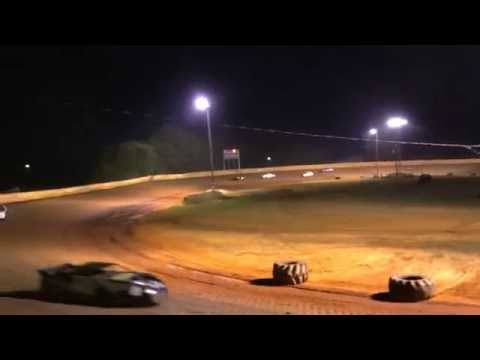 Mini Stock heat race 6.25.16 Moulton Speedway