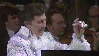 """Liberace with the London Philharmonic Orchestra: Claude Debussy """"Claire de Lune"""" (1983)"""
