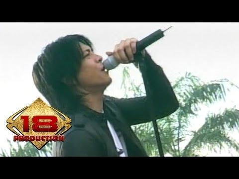 Peterpan - Tak Bisakah  (Live Konser Kotabumi 20 Maret 2008)