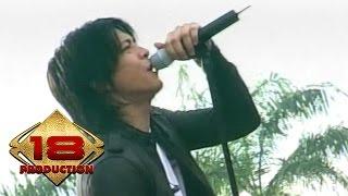 Video Peterpan - Tak Bisakah  (Live Konser Kotabumi 20 Maret 2008) download MP3, 3GP, MP4, WEBM, AVI, FLV November 2018