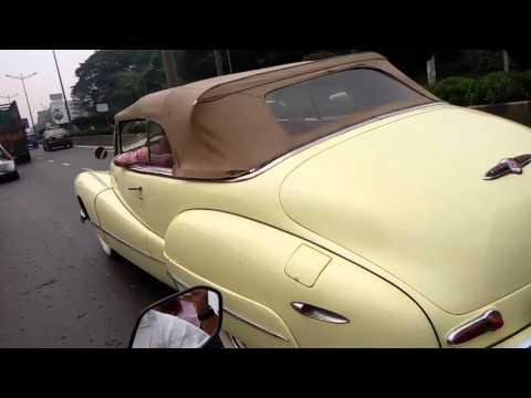 Buick vintage car on mumbai road at andheri