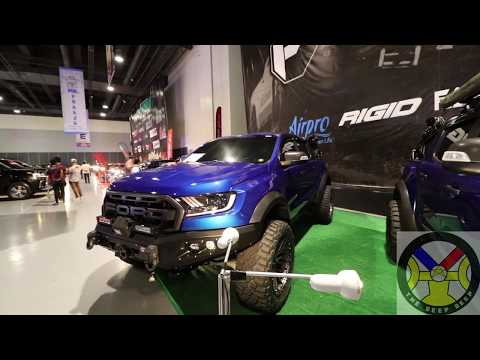 CUSTOMIZED BLACK AND BLUE FORD RANGER RAPTOR