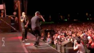 "Jay-Z and Memphis Bleek ""Is That Yo Chick"" Coachella 2010"