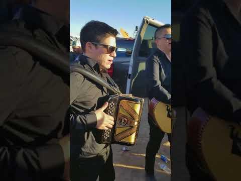 El corrido del panama wes en vivo desde Phoenix AZ