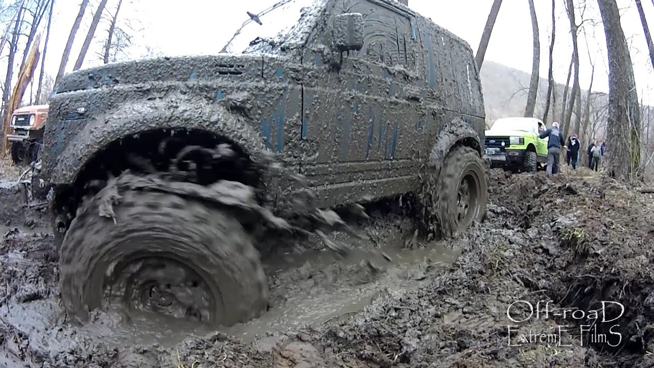 suzuki samurai mud bogging extreme