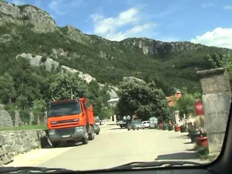 Опасная дорога в монастырь Острог