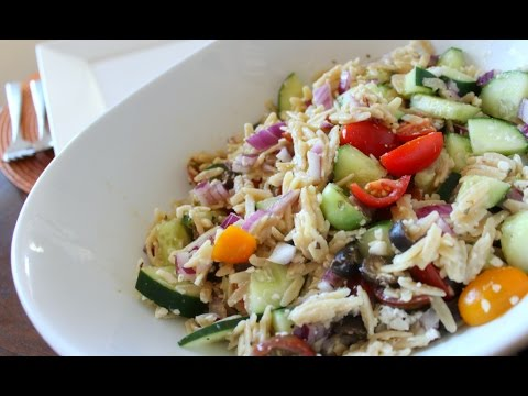STAY FIT SUNDAY | GREEK ORZO SALAD