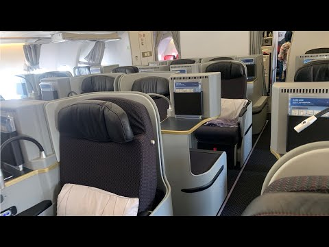 Malaysia Airlines Airbus Industrie A330-200 Jakarta to Kuala Lumpur Business Class in MH720