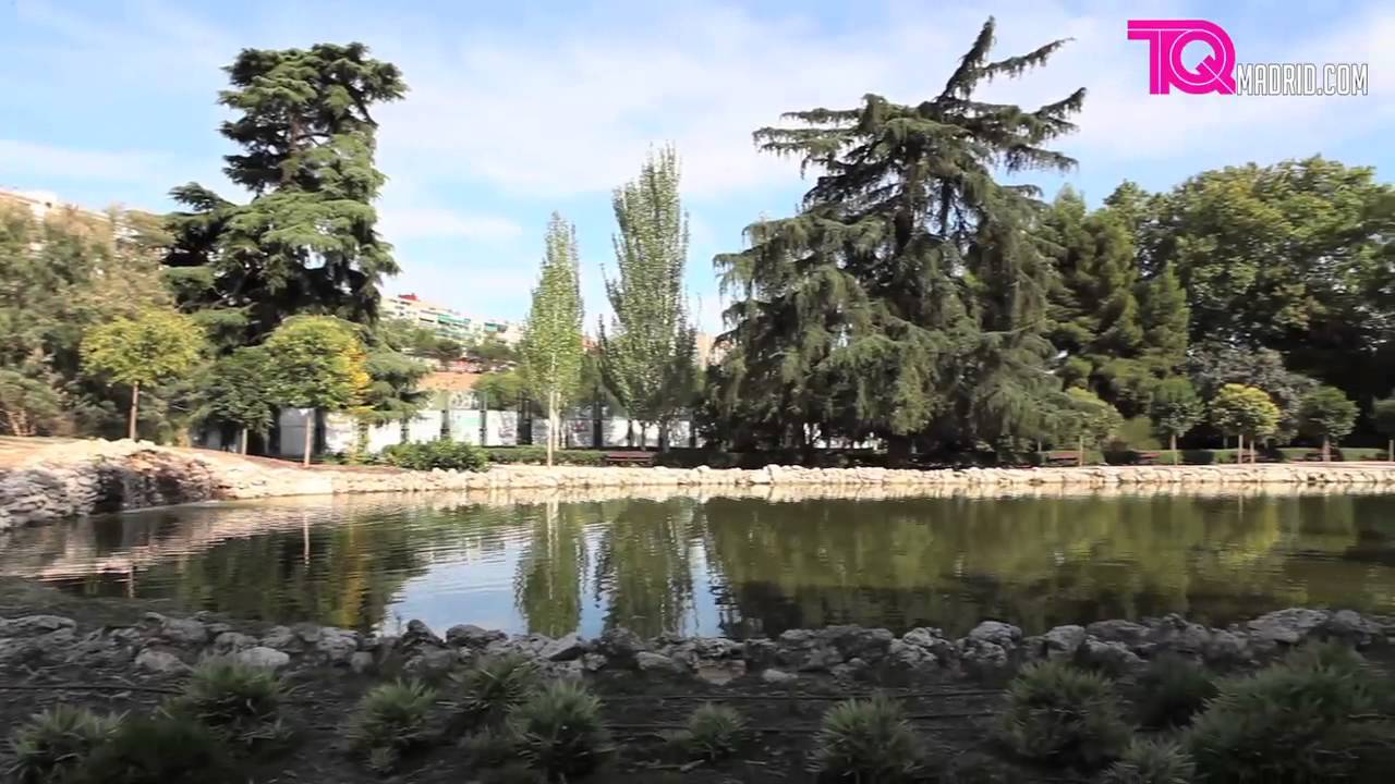Sitios turisticos de madrid v deo quinta fuente del berro for Piscina fuente del berro