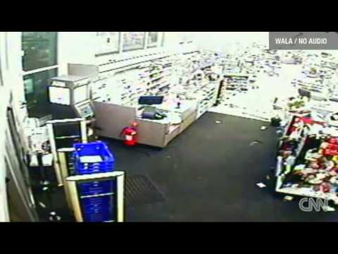 Walgreens Tornado Video Mobile Alabama | Watch Tornado on ...