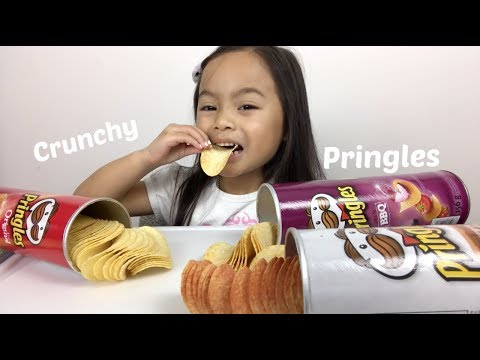 Crunchy Pringles | Mukbang/ASMR | N.E Lets Eat