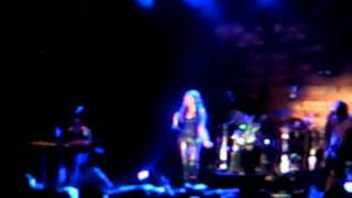 Video tania kikidi - afti i nyhta menei live thessaloniki 1-9-2011 download MP3, 3GP, MP4, WEBM, AVI, FLV November 2017
