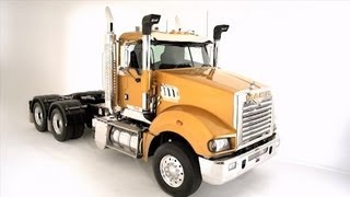 Mack Trucks Super-Liner Walk-around